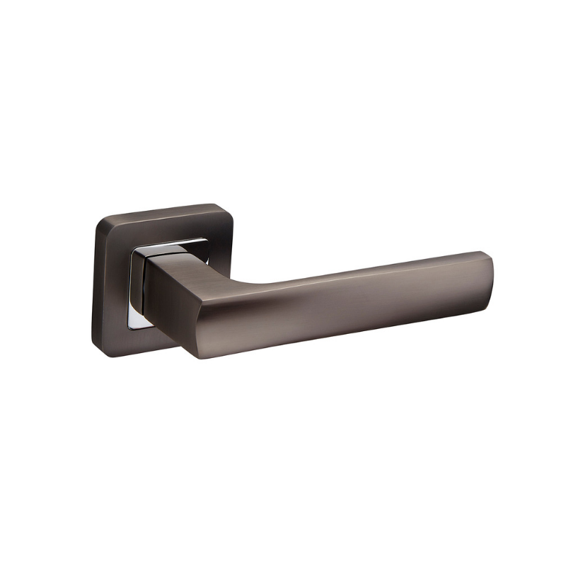 Bangor Duo Chrome/Black Lever on Square Rose L.Set, incl lever lock, 2 escutcheons, pair of handles & 3 x 100mm hinges