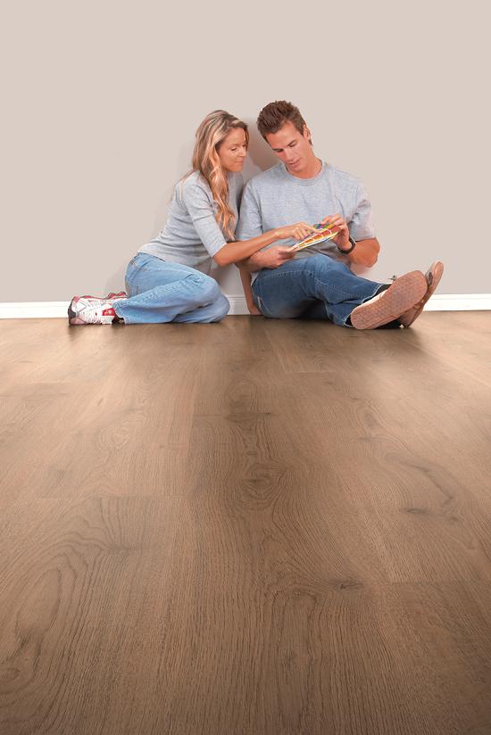 Kronotex Plank Oak Laminate 6mm (2.92m2)