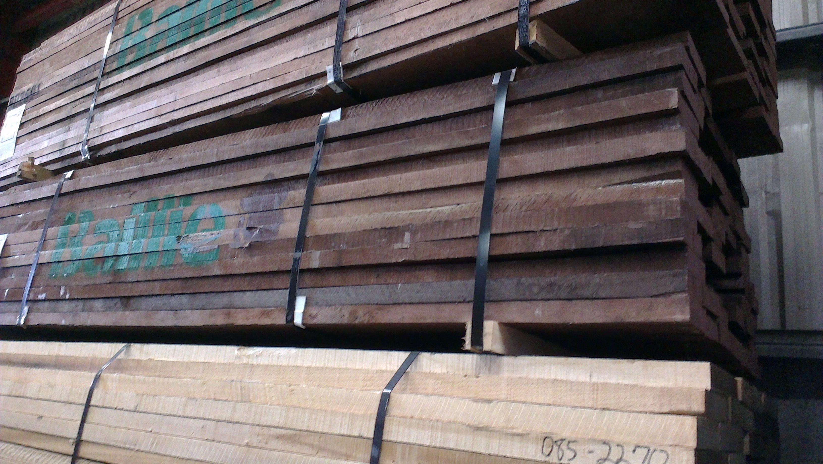 """1.25"""" Walnut KD Random 4"""" & Wider (Oak Rules) (Juglans nigra)"""