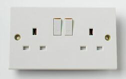 2 Gang Switched Socket