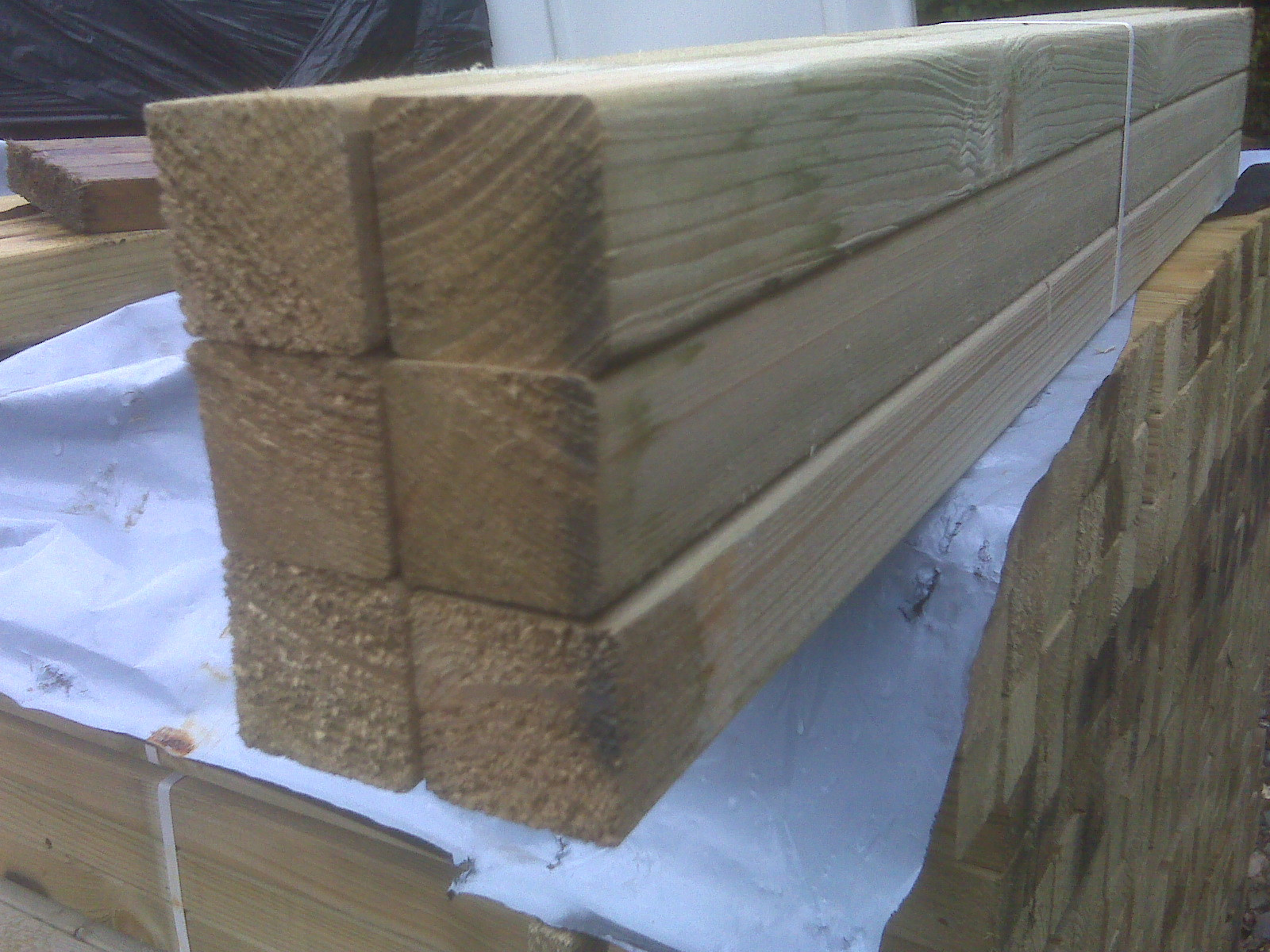 50x50x900mm Spindle Treated Green   (Fin Size 40x40mm)