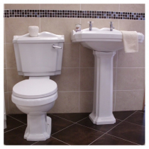 Beauford-Shannon 5 Piece Suite c/w Traditional Taps & Waste