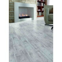 Silver Chestnut 8mm Laminate 4V AC5 (2.13m2)